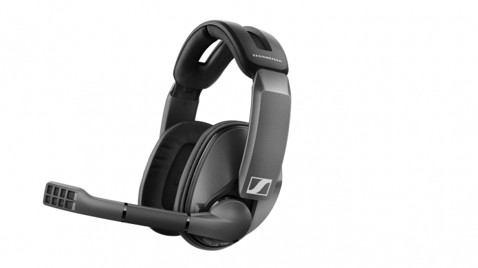 Sennheiser GSP 370 Wireless Gaming Headset Review - Long Lasting, Great Sound