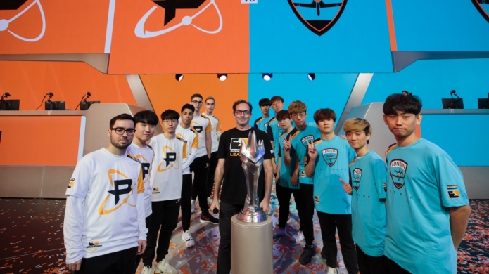 First Ever Overwatch League Grand Final to Feature London Spitfire vs Philadelphia Fusion